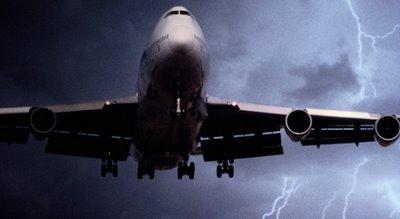PHI+lightning+hits+jet